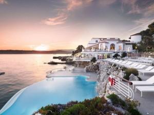 Những khách sạn sang trọng nhất thế giới