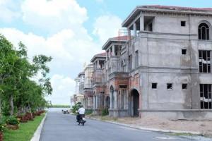 Mua nhà phố xây sẵn ở Sài Gòn: Mạo hiểm