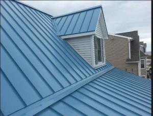 Lợp mái tôn để hứng nước mưa sinh hoạt?